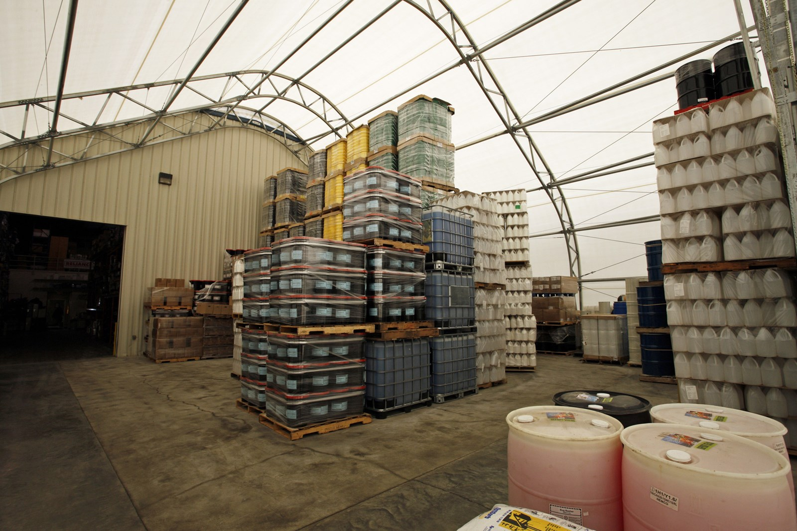 warehouse-great-western-containers